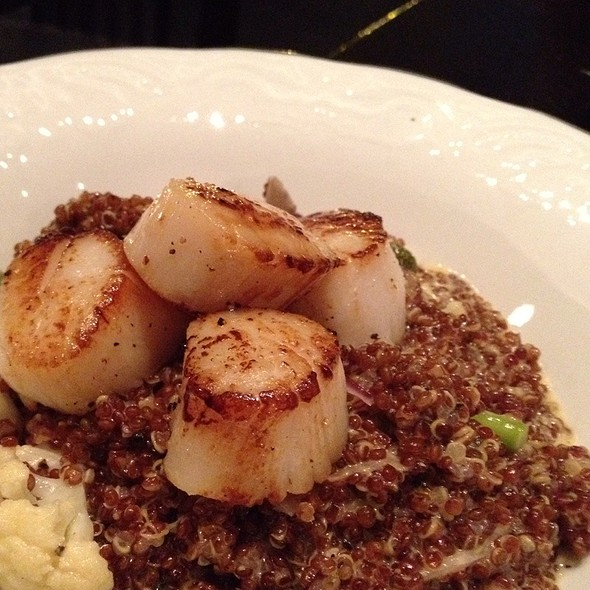 Scollop With Quinoa @ Simplylife Bread & Wine