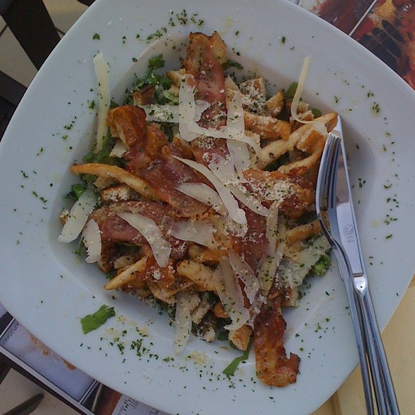 Chicken Caesar Salad @ Teraca
