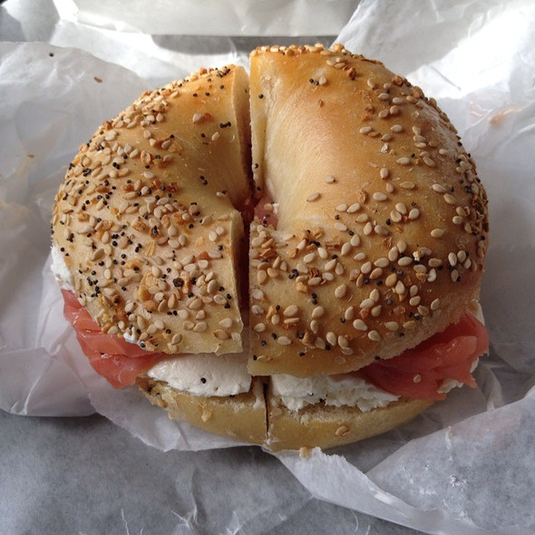 Everything Bagel With Cream Cheese And Lox @ Lennys Bagels