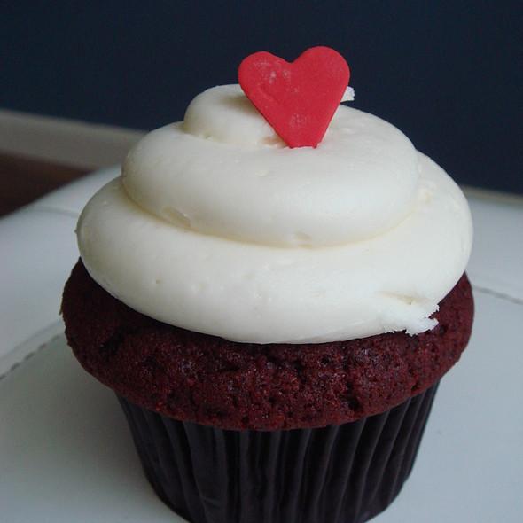 Red Velvet Cupcake @ SugarBox Dessert & Wine Bar