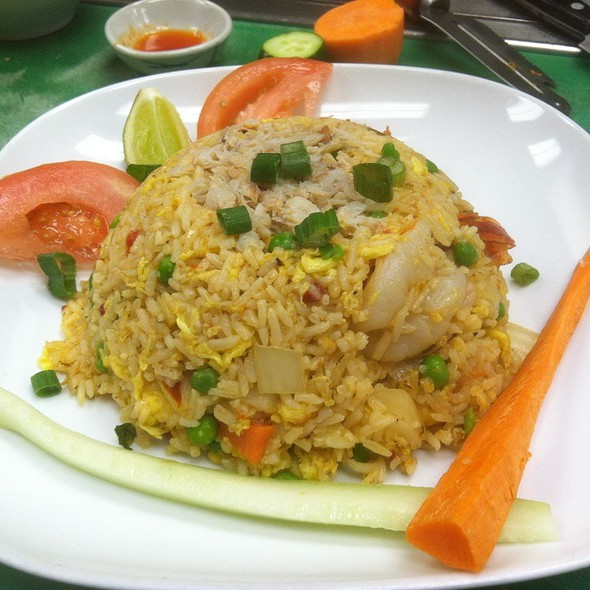 Marnee Fried Rice W/ Crab & Shrimp - Marnee Thai - Ann Arbor, Ann Arbor, MI