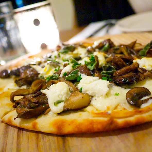 Grilled Flatbread @ Marco & Pepe