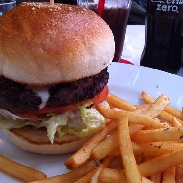 Burger @ Tom's Cafe Hamburger On The Beach