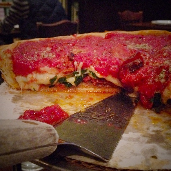 Chicago Style Pizza @ Patxi's Chicago Pizza