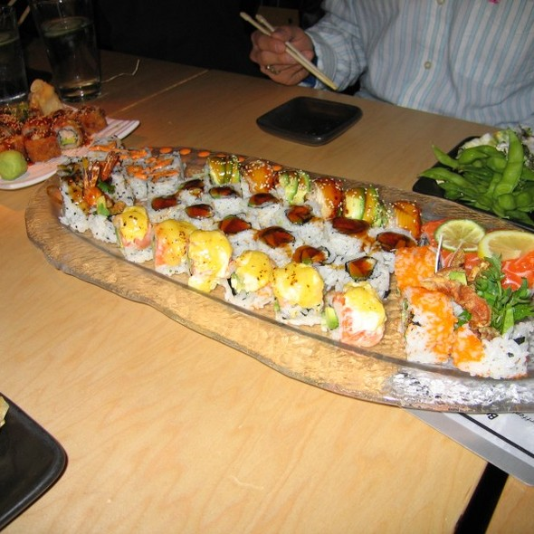 Sushi @ Blowfish Sushi To Die For