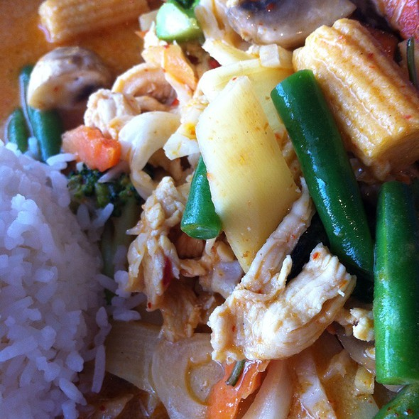 Red Curry with Chicken @ Thai Diner Restaurant