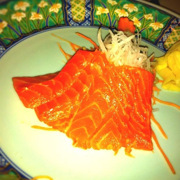 Salmon Sashimi @ Asian Mint