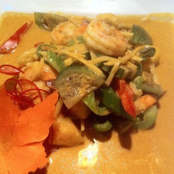 Shrimp Red Curry @ Tuptim Thai
