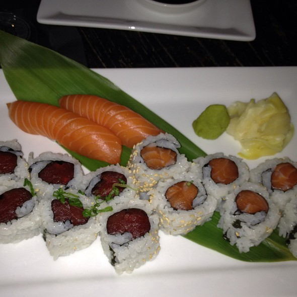 Sushi @ Shrine Asian Kitchen, Lounge & Nightclub