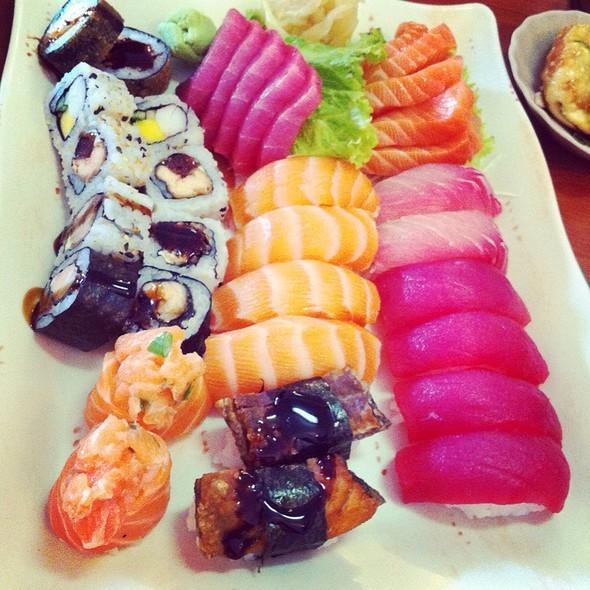 Sushi @ Restaurante Ogawa