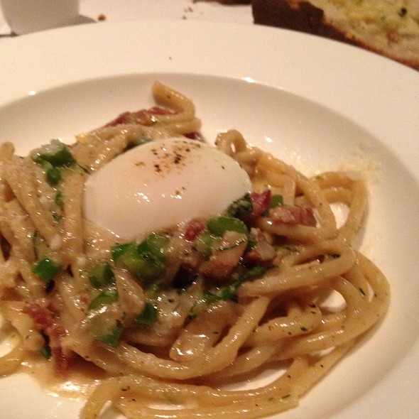 Black Pepper Bucatini Alla Carbonara @ Bottega