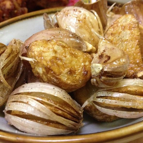 Fried Garlic @ Tenkaippin Hawaii