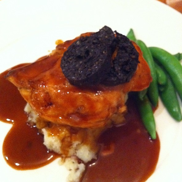 Chicken With Olive Oil Mash And Black Pudding @ Cafe 1