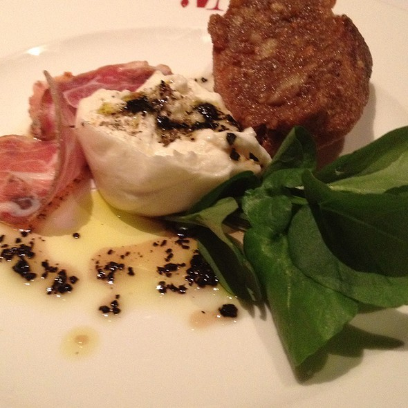Burrata @ Bottega