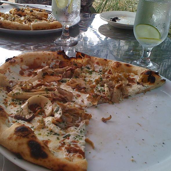 Wild Mushroom Pizza @ Il Sogno Osteria