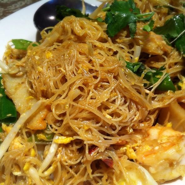 Singaporean Curry Noodle @ Original Khun Dang Thai Restaurant
