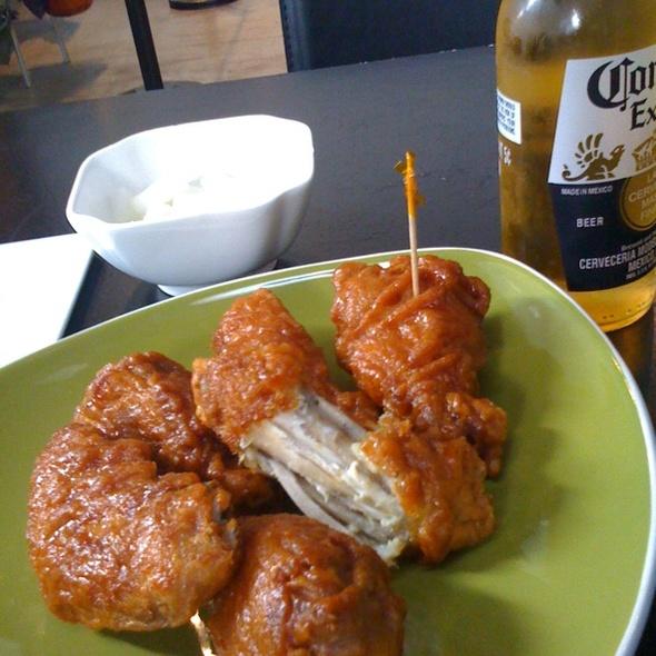 Korean Fried Chicken Wings @ Bon Chon Chicken