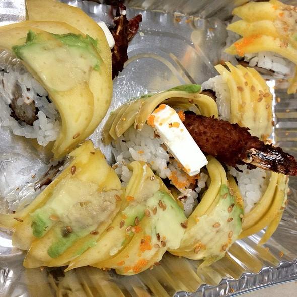 Hawaiian Roll Sushi @ Derek Chang's Koto Sushi Bar