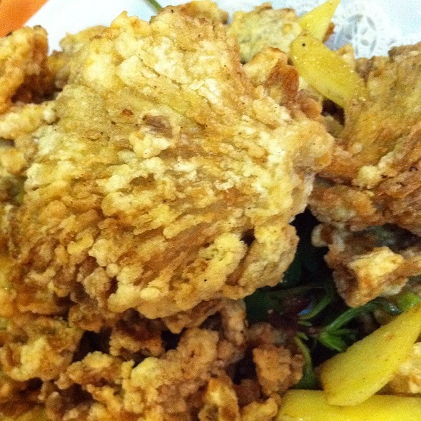 Crispy Oyster Mushrooms @ Happy Family Vegetarian Cuisine