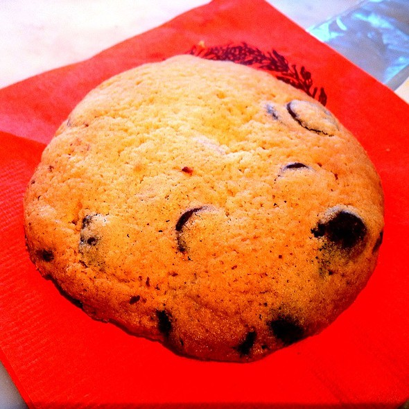Belgium Chocolate Chip Cookie @ Dulce Coffee Shop