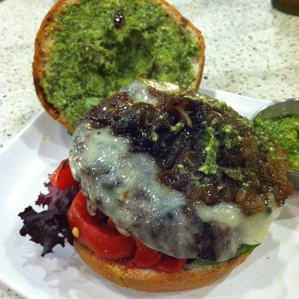 A Burger @ The Counter Santana Row