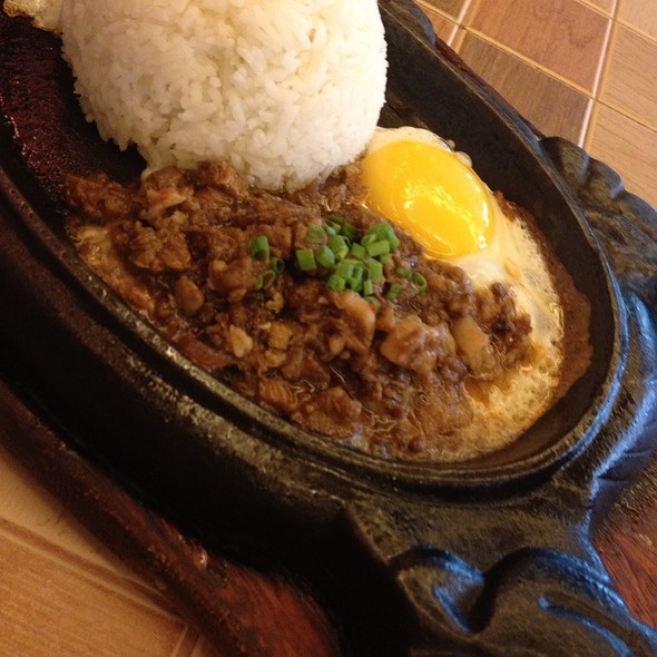 Sizzling Pork Sisig With Egg @ Buddy's Restaurant