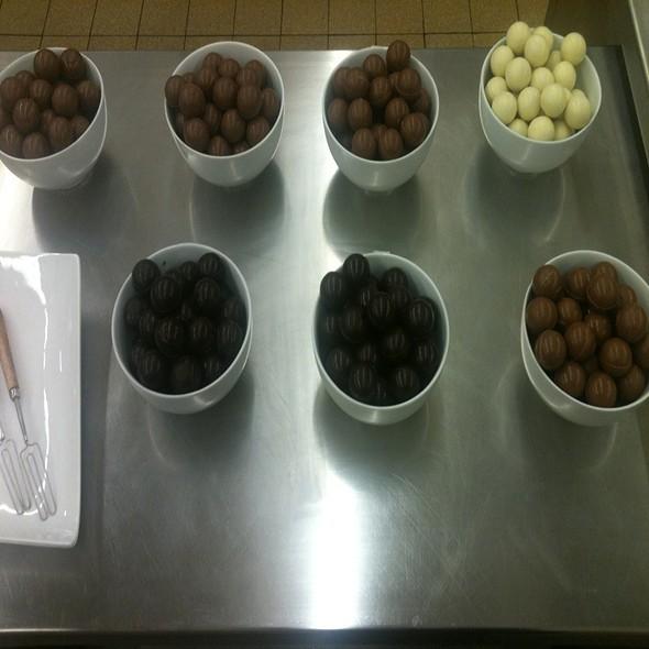 Variety Of Truffles @ Konditorei Cafe Leo Jindrak