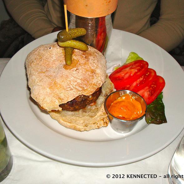 Hamburger @ Good Restaurant