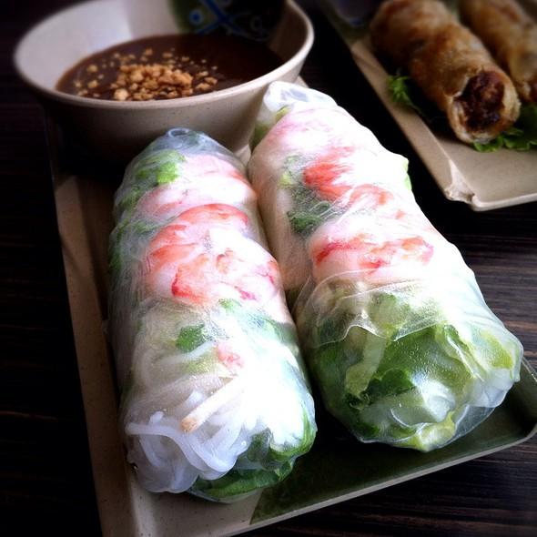 Gòi Cuòn @ Saigon Block Restaurant