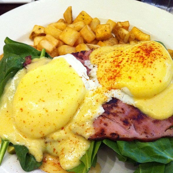 Egg Florentine Benedict @ Eggtc.