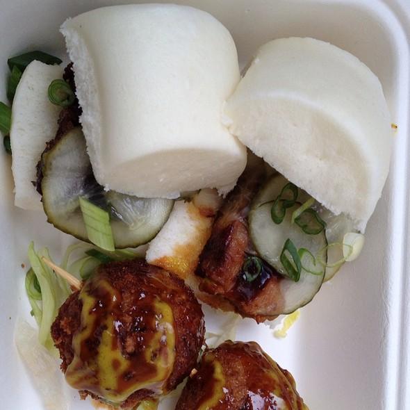 Braised Pork Sliders @ Roaming Dragon
