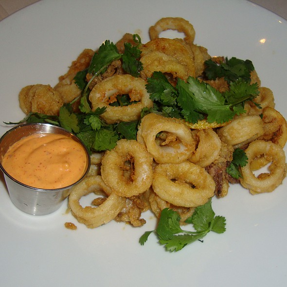 Calamari - benjy's upper washington, Houston, TX
