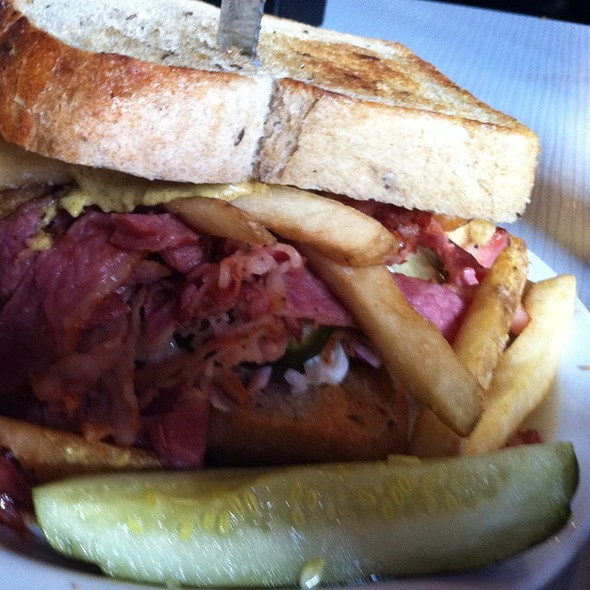 Pittsburg Pastrami @ Slater's 50/50 Burgers By Design
