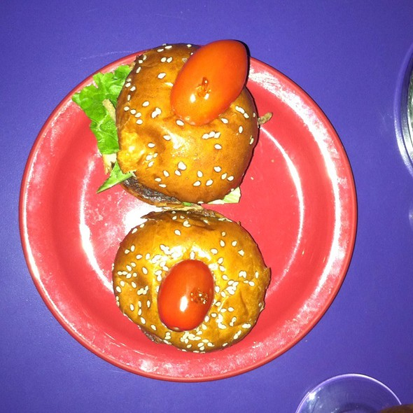 Pulled Pork Sliders @ Hamburger Mary's