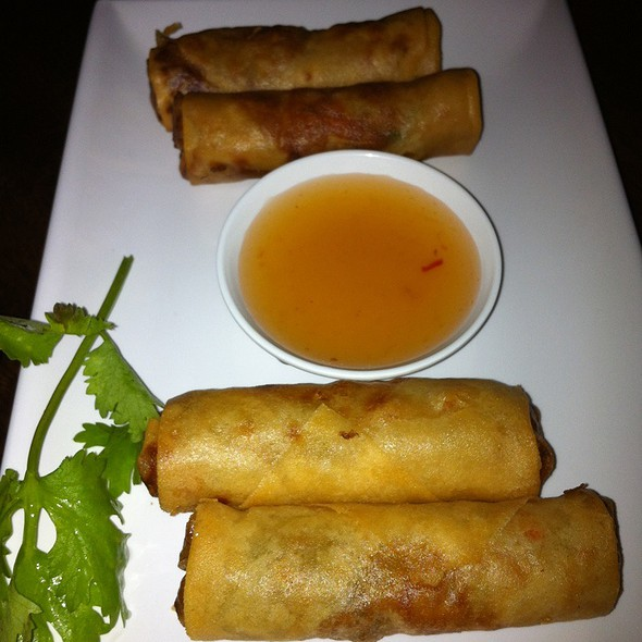 Prawn And Vegetarian Spring Rolls @ Bamboo Dumpling Bar