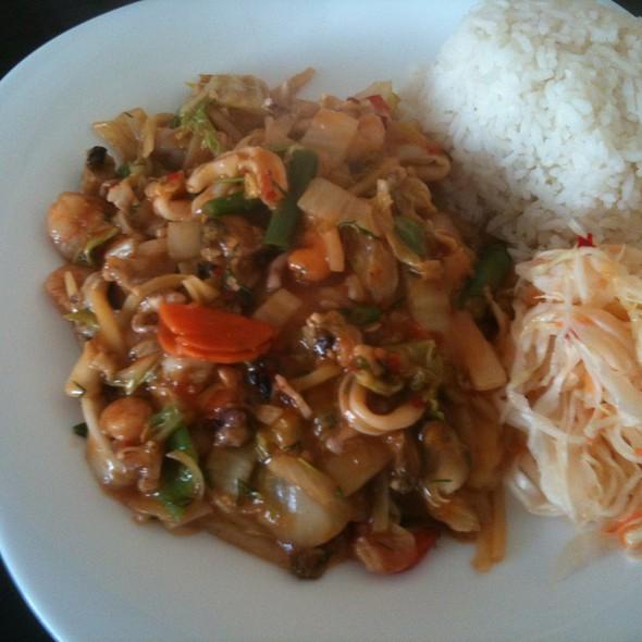 Lunch @ Bar Azjatycki XEN