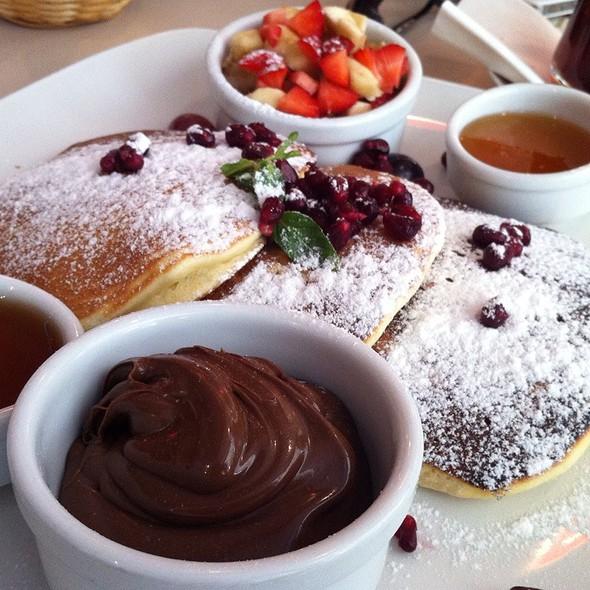 pancakes @ Kirinti