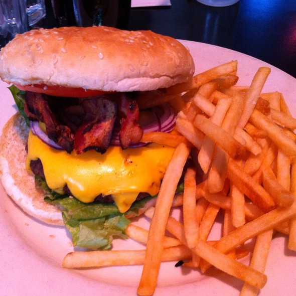 Bacon Cheeseburger - Hi-Life Restaurant & Lounge - Upper East Side, New York, NY