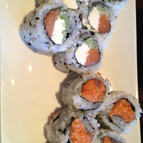 Spicy Tuna Roll And Philidelphia Roll @ Isamu