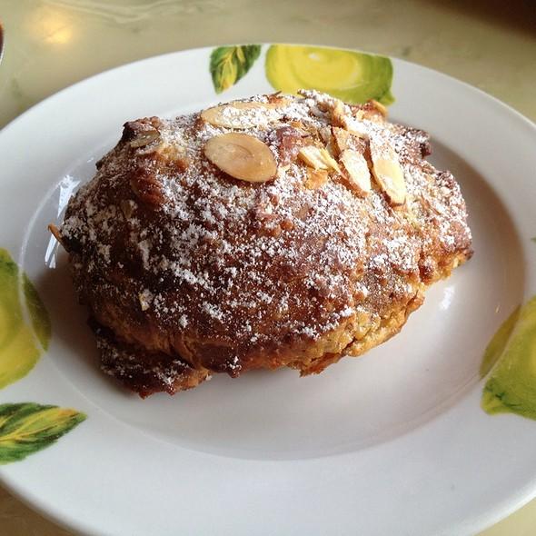 Almond croissant @ Fleur De Cocoa