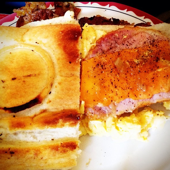 Breakfast Pocket @ Aunties and Uncles