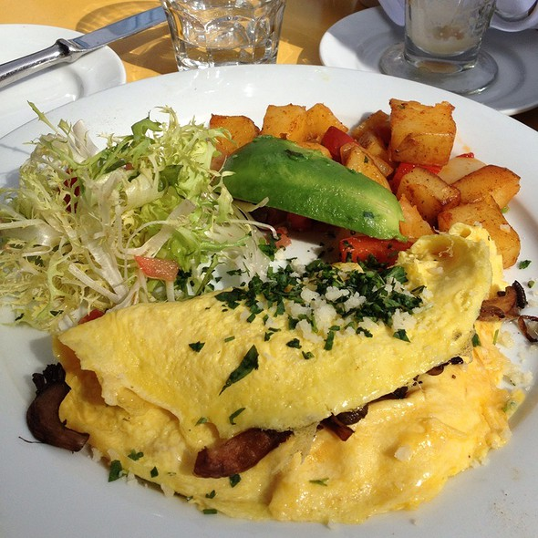 Fresh Herbs Omelet @ Left Bank Brasserie