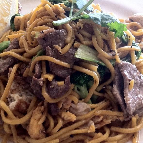 how to cook hokkin noodles