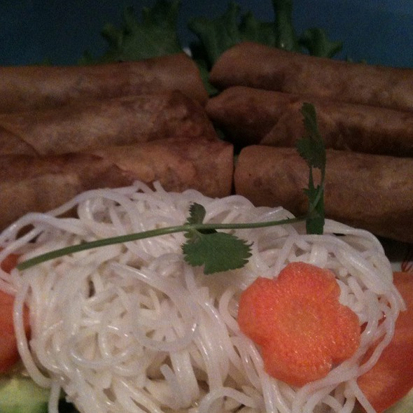 Vietnamese Spring Rolls @ Little Saigon Cafe