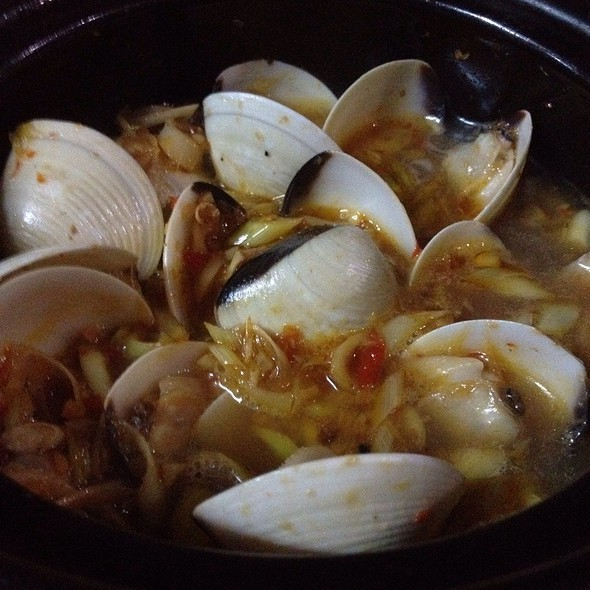Thai Style Clams @ Ho Chi Minh City