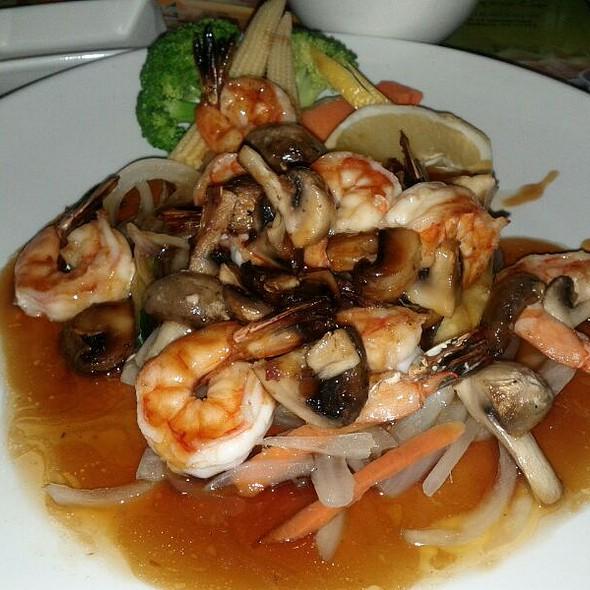 Shrimp Teriyaki With Rice @ Tomo Japanese Cafe