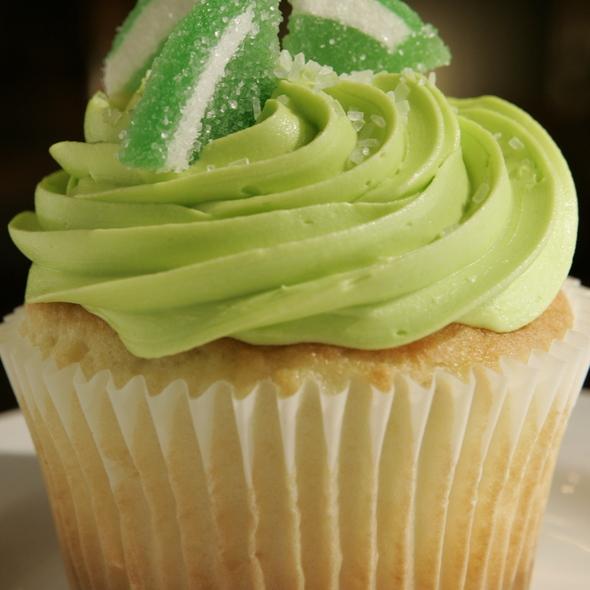 Cupcakes @ Oh La La Dessert Boutique