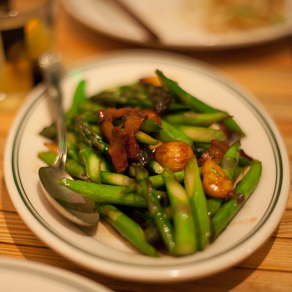 Asparagus @ Wo Hing General Store