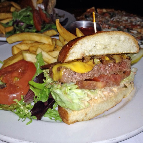 The Burger @ London Gastro Pub