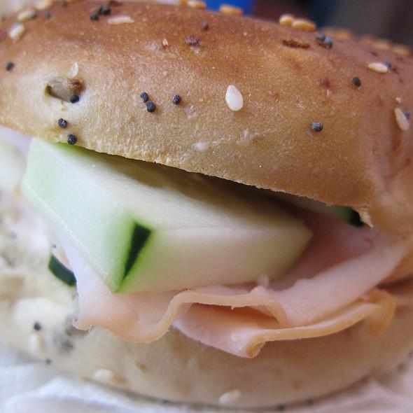 Bagel Sandwich @ Home